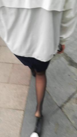 wangjunren视频  黑 丝小姐姐的鞋被踩掉了 街拍第一站全网原创独发!