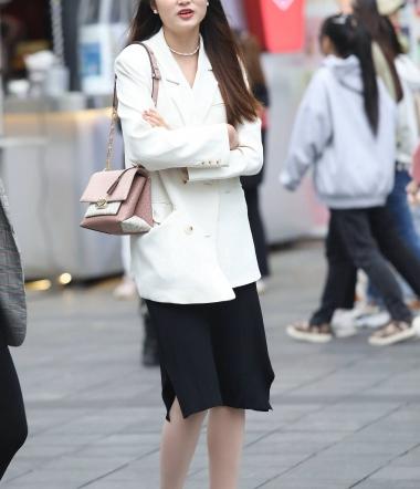 【珏一笑而过】气质丝 袜高跟少 妇-13P - VIP街拍图片发布- 街拍第一站