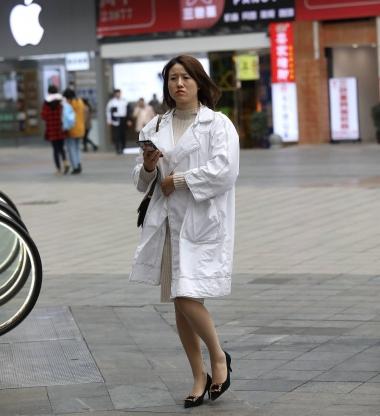 【珏一笑而过】肉 丝高跟少 妇 - VIP街拍图片发布- 街拍第一站
