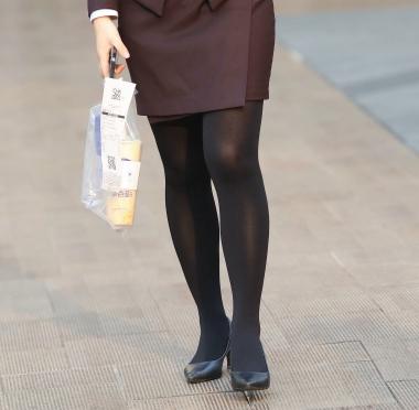 VIP街拍图片发布  【珏一笑而过】漂亮黑 丝高跟OL 街拍第一站全网原创独发!