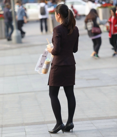 【珏一笑而过】漂亮黑 丝高跟OL - VIP街拍图片发布- 街拍第一站