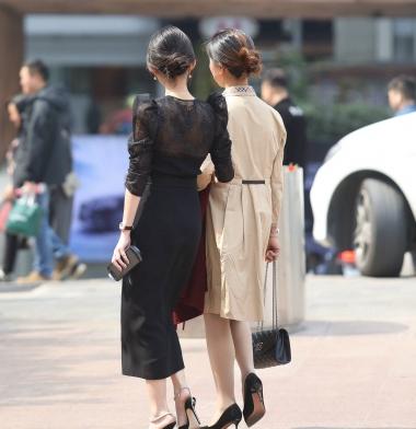 【珏一笑而过】黑裙高跟少 妇-13P - VIP街拍图片发布- 街拍第一站