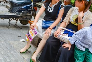 VIP街拍图片发布  【jim2】绿鞋肉 丝美 女(16p) 街拍第一站全网原创独发!