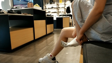 视频金币超市  初夏鞋柜试鞋棉袜美 女小合集[01:56] 街拍第一站全网原创独发!