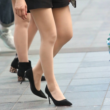 VIP街拍图片发布  【珏一笑而过】诱惑肉 丝细高跟 街拍第一站全网原创独发!