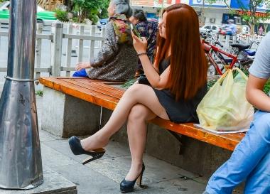 VIP街拍图片发布  【jim2】长发肉 丝美 女(16p) 街拍第一站全网原创独发!