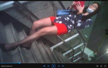 苏大熊视频  3合1(极品长腿黑 丝高跟OL下楼梯+肉 丝OL上楼梯+谈业务) 街拍第一站全网原创独发!