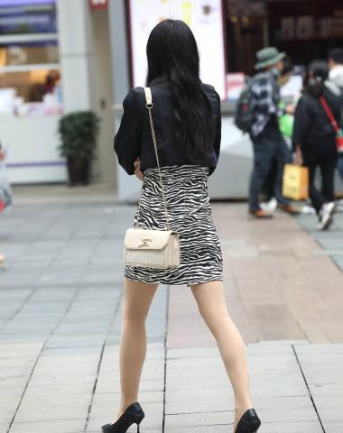【珏一笑而过】诱惑肉 丝高跟少 妇-16P - VIP街拍图片发布- 街拍第一站