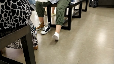 棉袜视频试穿帆布鞋的两位味道棉袜小美 女[01:32] - 洗面奶视频- 街拍第一站