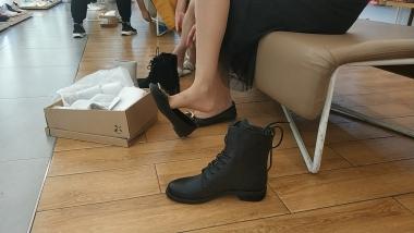 丝足视频试鞋肉 丝美 女瞬间的丝 袜褶皱让人兴奋不已[06:07] - 洗面奶视频- 街拍第一站