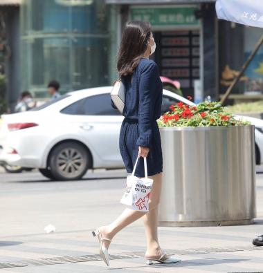 【珏一笑而过】**肉 丝少 妇-14P - VIP街拍图片发布- 街拍第一站