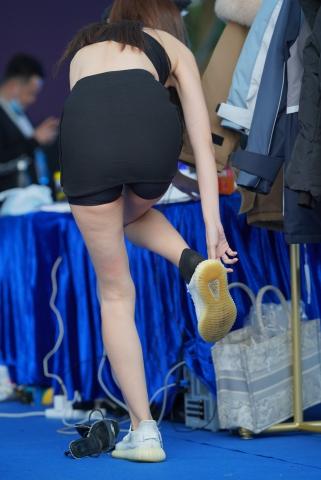 网红穿鞋 - VIP街拍图片发布- 街拍第一站