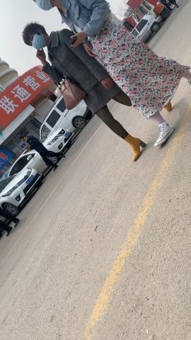 丝袜美腿Y白丝网袜【13P】 - 手机街拍-原创作业发布- 街拍第一站