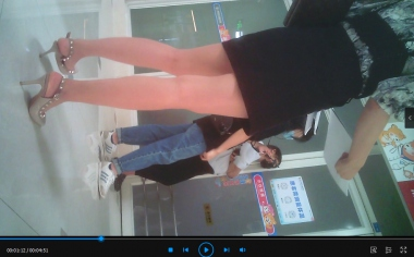 苏大熊视频  极品长腿OL在我面前晃来晃去+特殊角度(4分51秒) 街拍第一站全网原创独发!