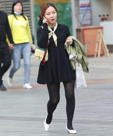 【珏一笑而过】诱惑黑 丝高跟轻熟 - VIP街拍图片发布- 街拍第一站
