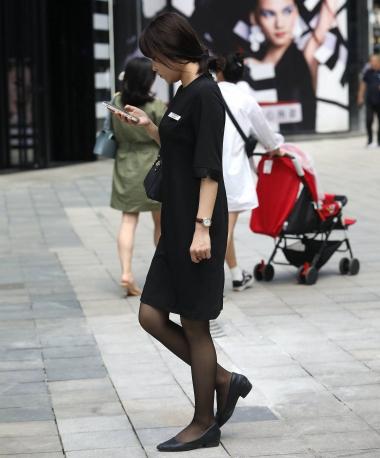 【珏一笑而过】诱惑黑 丝OL - VIP街拍图片发布- 街拍第一站