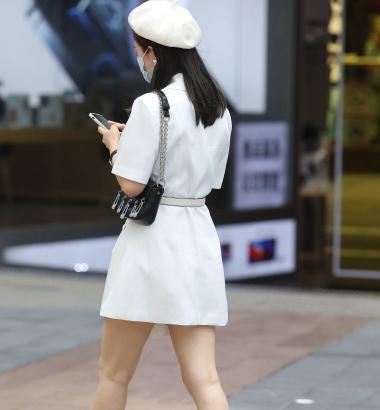 【珏一笑而过】白裙高跟少 妇 - VIP街拍图片发布- 街拍第一站