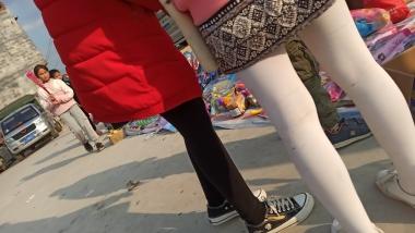 [原创申请客服QQ:1245904381]  小妹妹系列 街拍第一站全网原创独发!