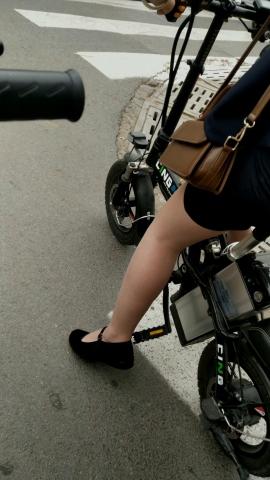 视频金币超市  近距离拍摄**丝 袜可惜不是高跟鞋 街拍第一站全网原创独发!